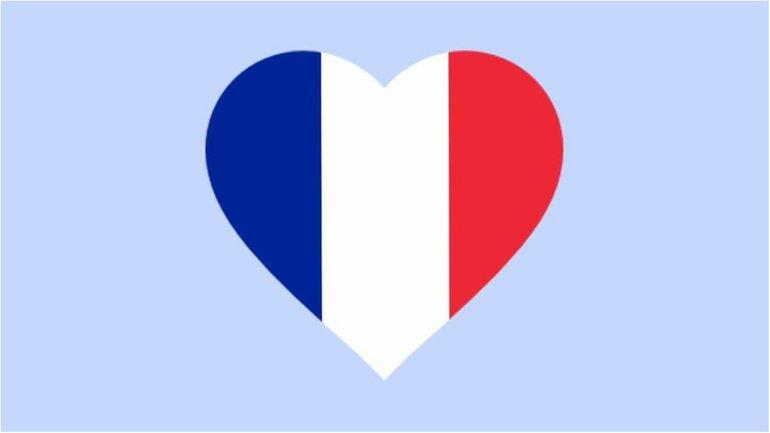 Весь мир скорбит о погибших во французском курорте - фото 1