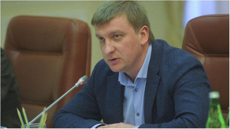 Павел Петренко утверждает, что вердикт по делу Януковича будет вынесен, несмотря на его не участие в допросах. - фото 1