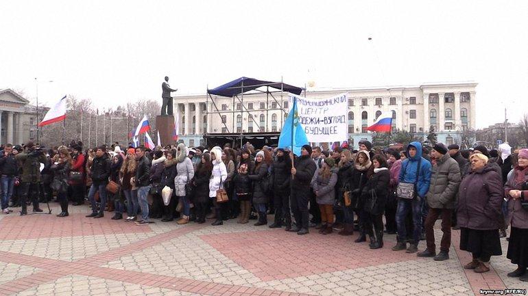Марионеточное правительство постепенно все больше ущемляет права населения Крыма - фото 1