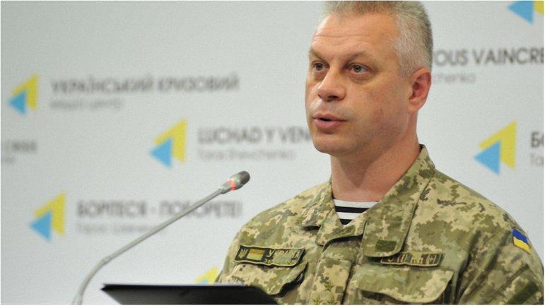 Боевики продолжают обстреливать украинских военных на Донбассе - фото 1
