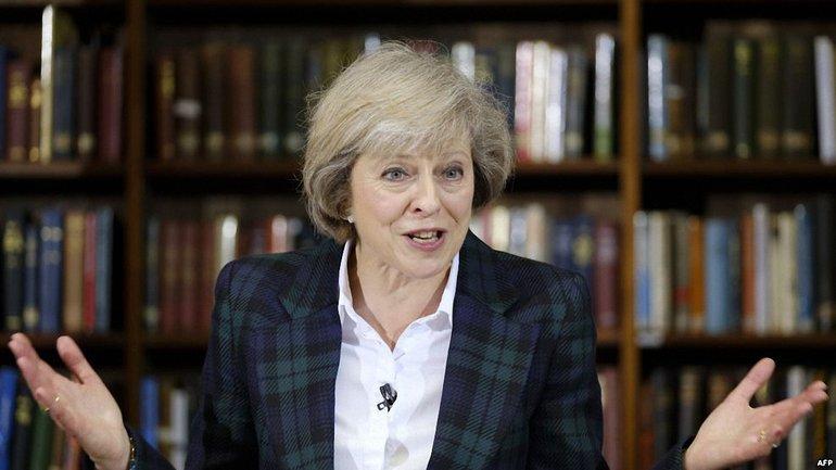 Тереза Мэй смогла объединить вокруг себя британских консерваторов и удостоилась внимания Без Табу - фото 1