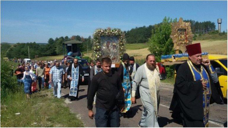 Неизвестные сообщили о заминировании маршрута крестного хода УПЦ МП. - фото 1