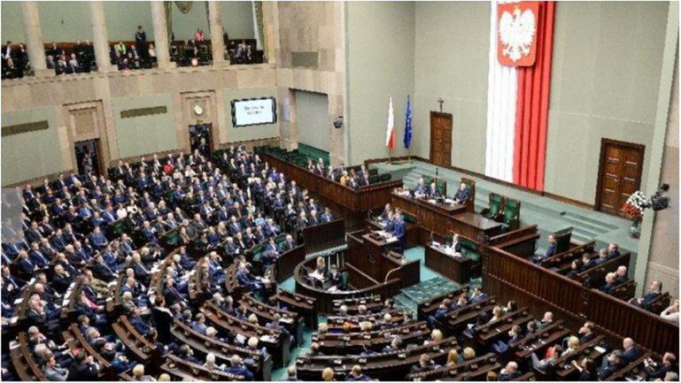 В Польше планируют установить Национальный день памяти жертв геноцида. - фото 1
