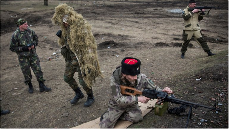 Боевики обстреляли жилые районы - фото 1