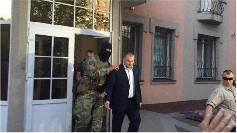 Заместителя прокурора Ровненской области арестовали на два месяца. - фото 1