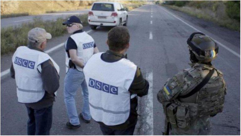 Наблюдатели получили информацию о расположении запрещенной техники боевиков. - фото 1