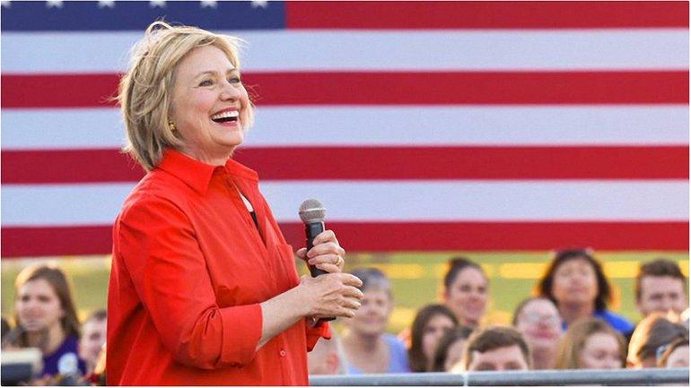 Берни Сандерс поддерживает Клинтон - фото 1