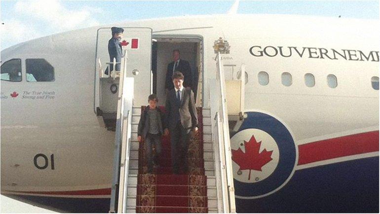 Премьер Канады прилетел в Украину  - фото 1
