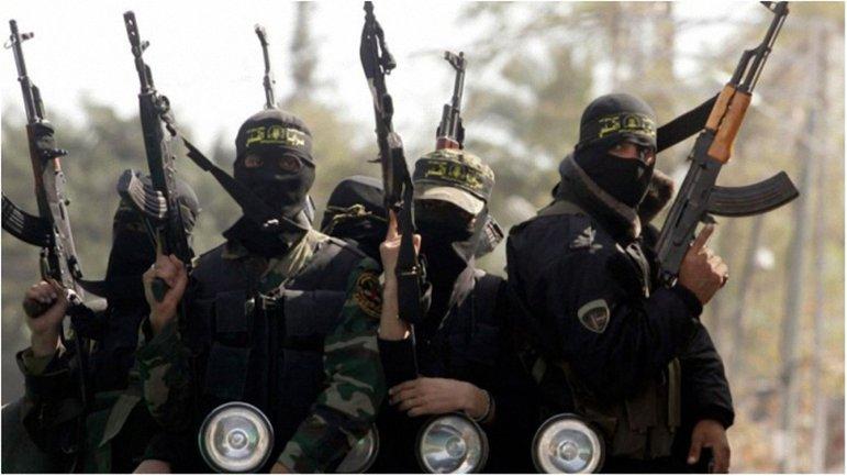 Террористы сожгли 52 молодых людей и расстреляли еще четверых - фото 1