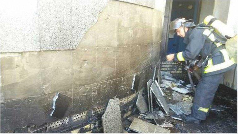 Спасатели потушили огонь за 36 минут - фото 1