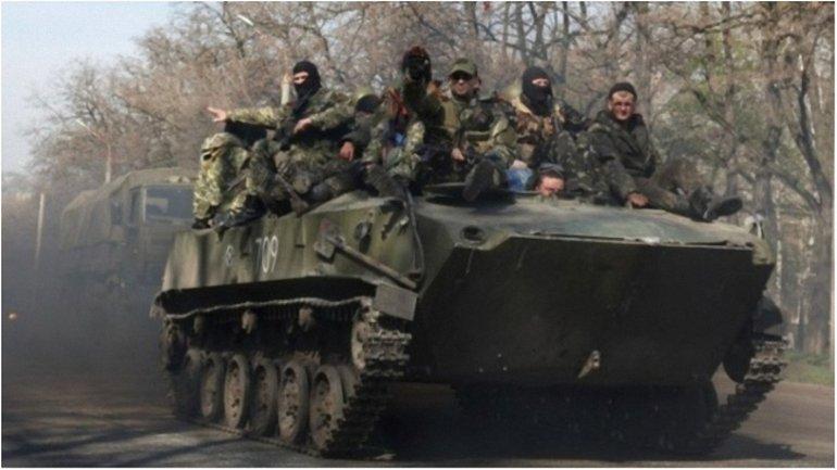 Жителей оккупированного города просят сообщать о движении техники боевиков в СБУ - фото 1
