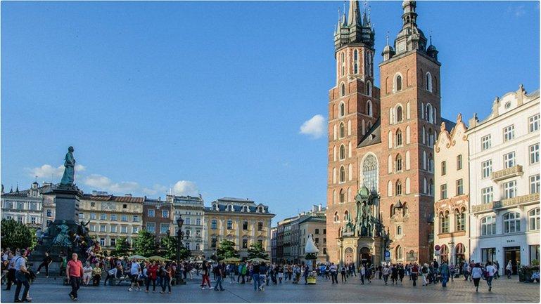 В Польше закончились праздники  - фото 1
