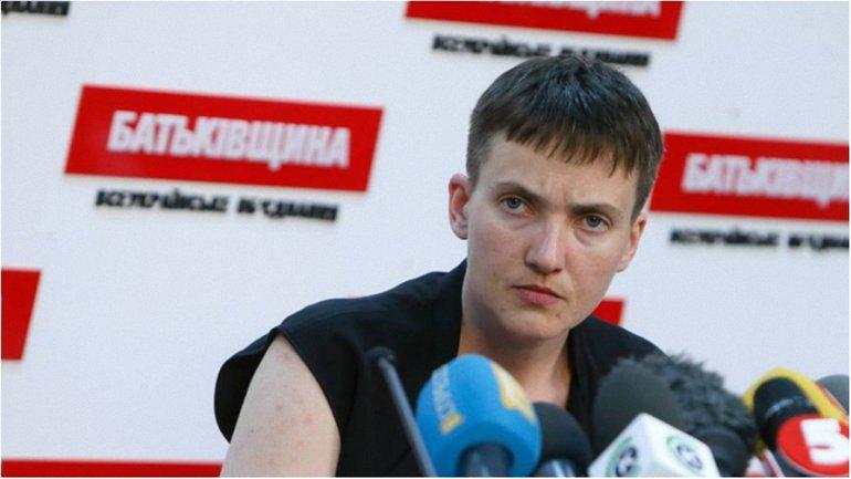 Савченко намерена ночевать под АП - фото 1