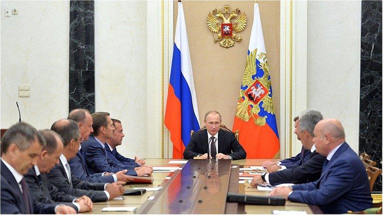 Путин на заседании Совбеза - фото 1