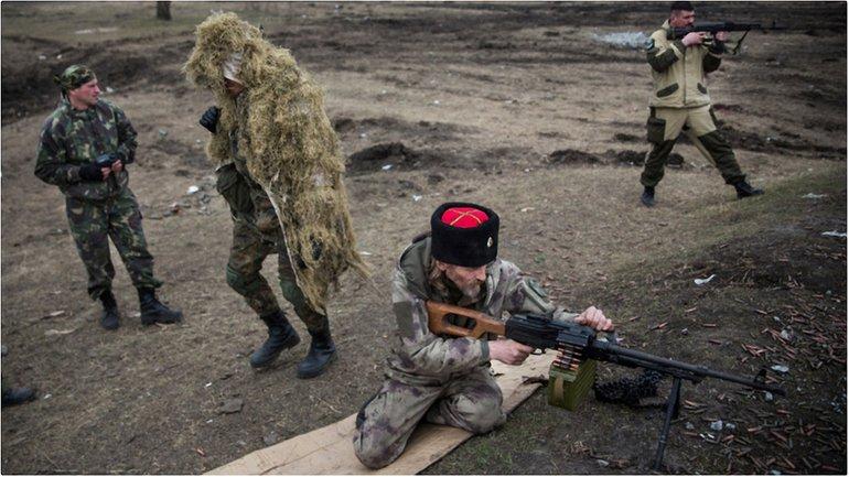 Кажду неделю боевики обстреливают Донба - фото 1