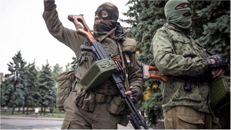 За двое суток на Донбассе погибли 24 боевика - фото 1