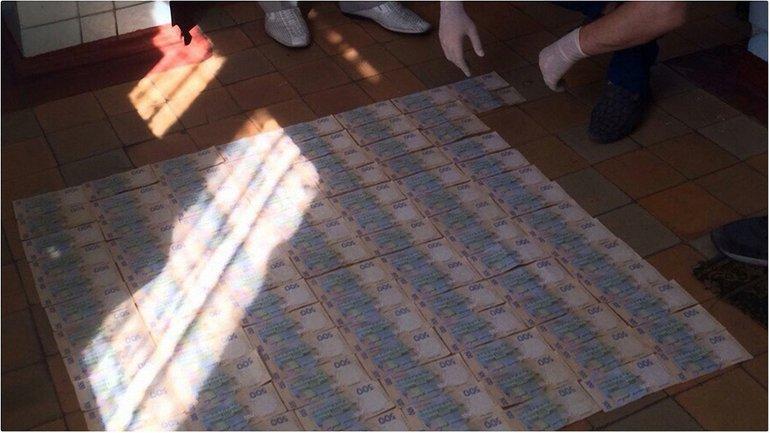 Главврач задержан на взятке в размере 50 тысяч гривен  - фото 1