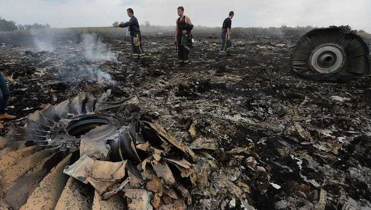 Судя по всему, в Кремле начали готовиться к оглашению результатов расследования по катастрофе Боинга - фото 1