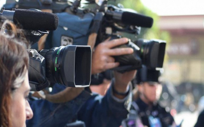 За журналистами установят контроль  - фото 1