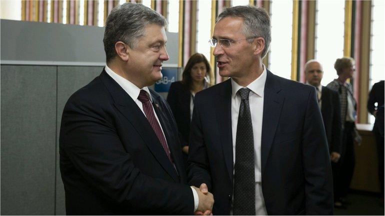 Порошенко и Столтенберг провели встречу - фото 1