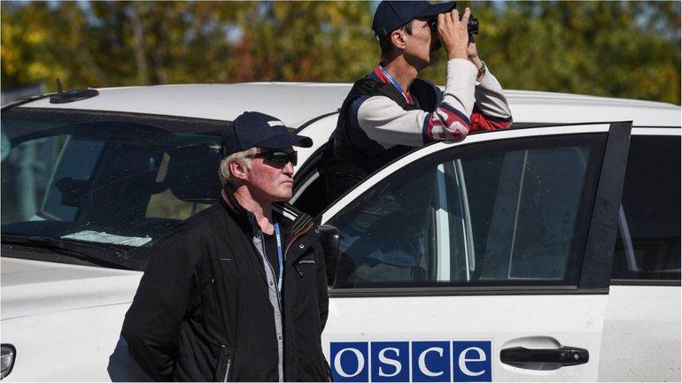 Военные не пустили наблюдателей из-за мин - фото 1