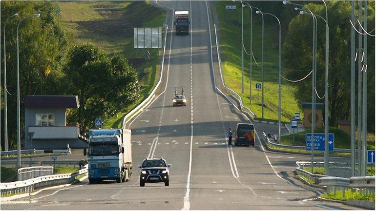 Кабмин выделит на строительство дорог 40 млрд  - фото 1