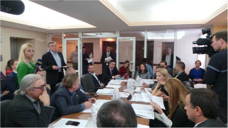 Комитет одобрил запрет на ввоз антиукраинских книг  - фото 1