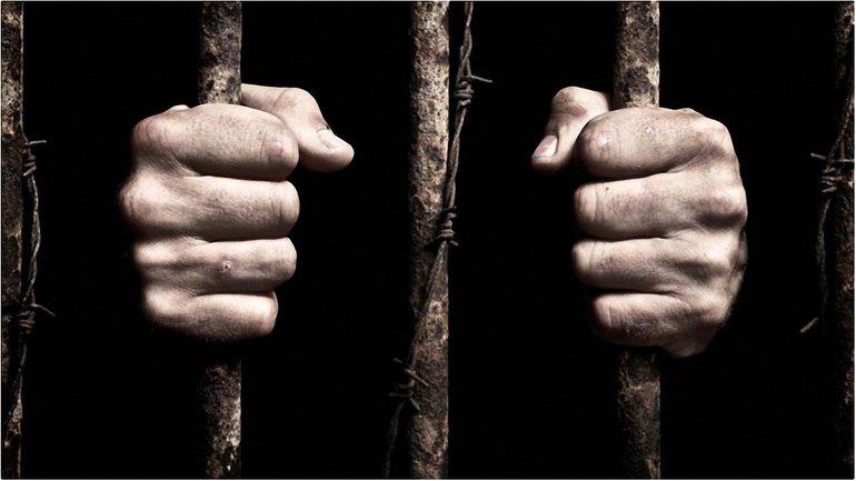 Сбежавших сложно поймать из-за отсутствия тюремной одежды  - фото 1