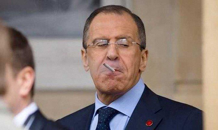 Лавров заявил, что отношения между РФ и Украиной нужно развивать и укреплять - фото 1