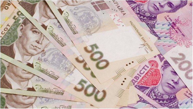 В прошлом месяце запас наличности в Украине составил 355 млрд грн - фото 1
