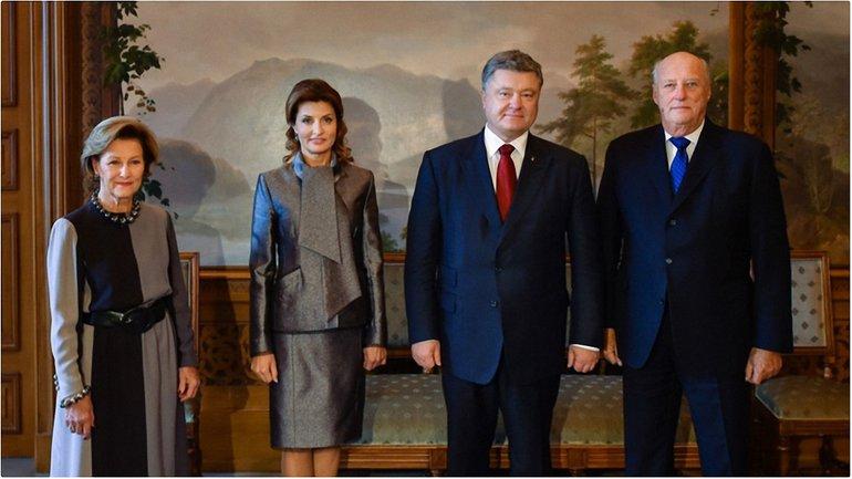 Порошенко и его супруга Марина встретились с Королем Норвегии Харальдом V и Королевой Соней - фото 1