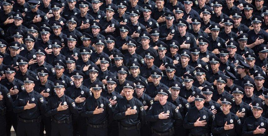 Украинца доверяют Нацполиции - фото 1