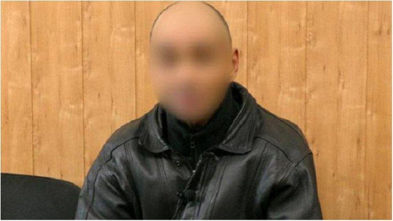 За последний месяц мужчина передал коллегам свыше 160 тысяч гривен - фото 1