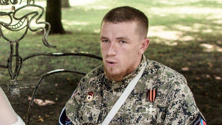 """В России считают, что детей нужно воспитывать на примере боевика """"ДНР"""" - фото 1"""