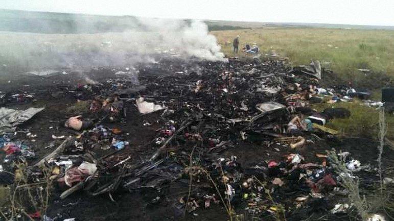 В катастрофе Боинга погибли 398 человек - фото 1