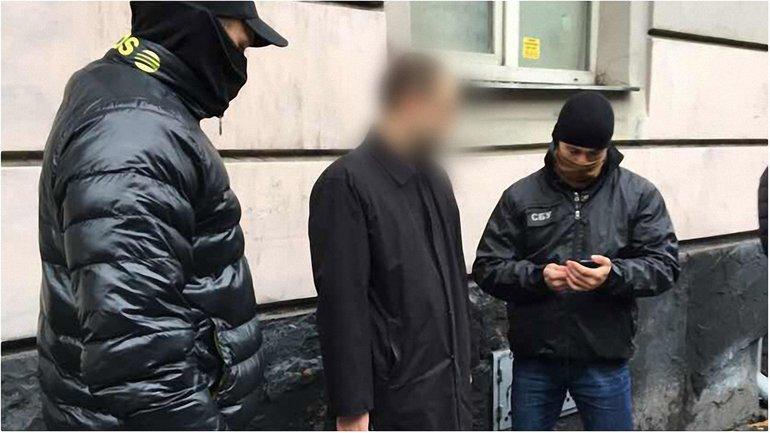 Во Львове за взятку в $2 тысячи задержан прокурор - фото 1