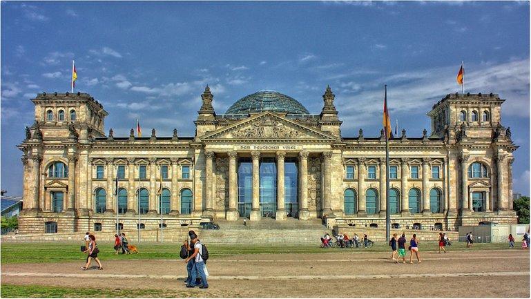 Германия на 80% увеличила количество туристических виз для украинцев - фото 1
