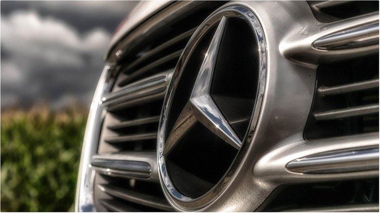 Российские депутаты любят Mercedes-Benz  - фото 1