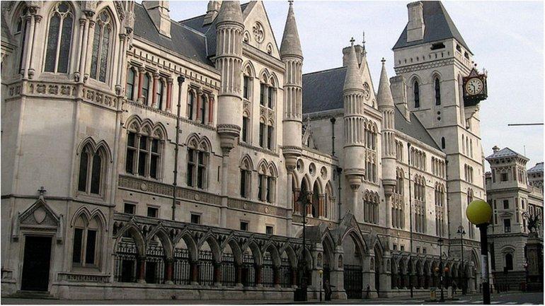 Минфин передал в Высокий суд Лондона доказательства давления России - фото 1