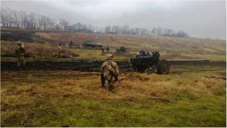Трое украинцев получили ранения - фото 1