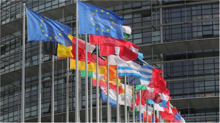 Совет ЕС включил в повестку дня обсуждение безвизового режима - фото 1