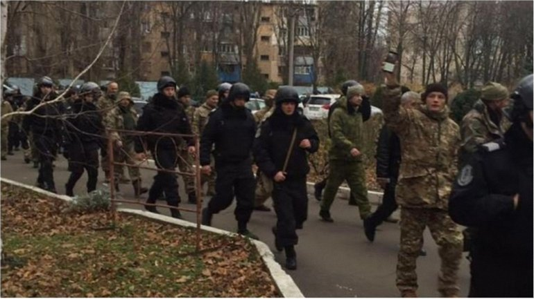 Представители гражданского общества добрались до Одесской таможни - фото 1
