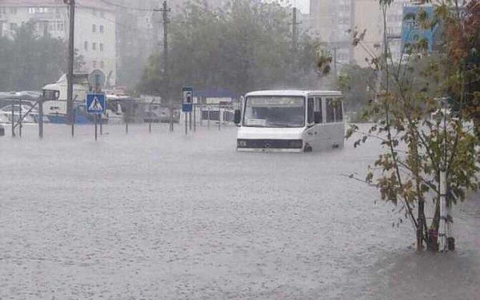 Из-за непогоды Одессу снова затопило - фото 1