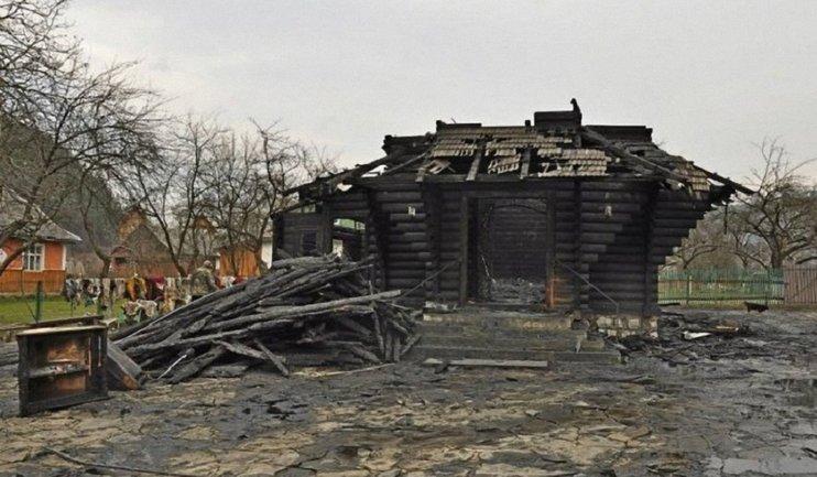 За період 1991-2014 років на Прикарпатті згоріло 19 старовинних дерев'яних церков - фото 1