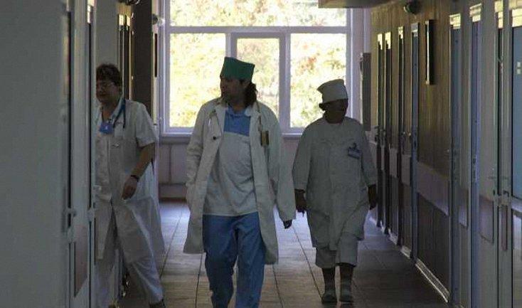 Восемь детей попали на больничные койки из-за нарушений санитарных норм - фото 1