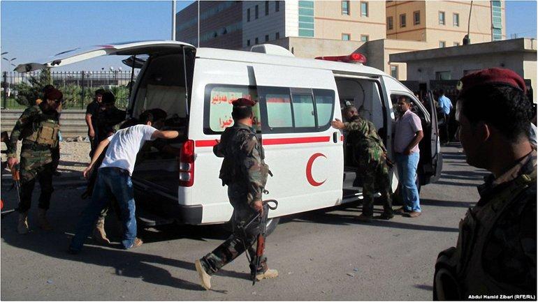 9 человек погибло в результате подрыва машины скорой помощи - фото 1