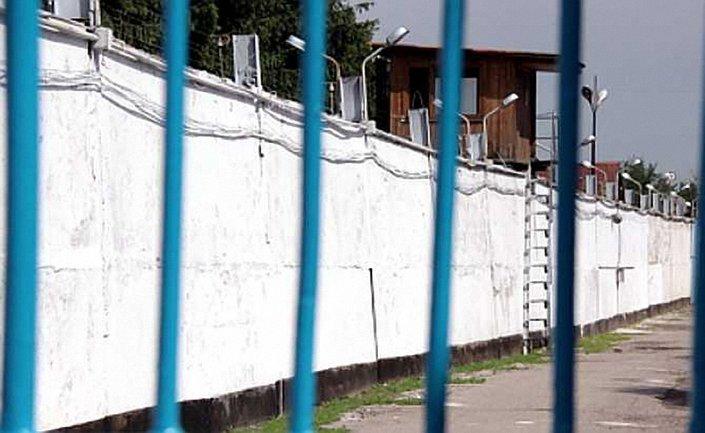 Консул побывал в российской колонии, где держат украинцев - фото 1