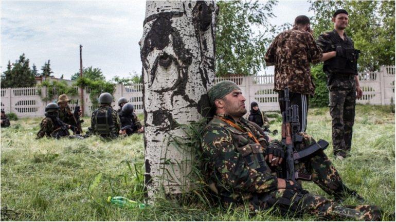 """Боевики """"ЛНР"""" сорвали отведение вооружения в районе Станицы Луганской и обстреляли украинцев - фото 1"""