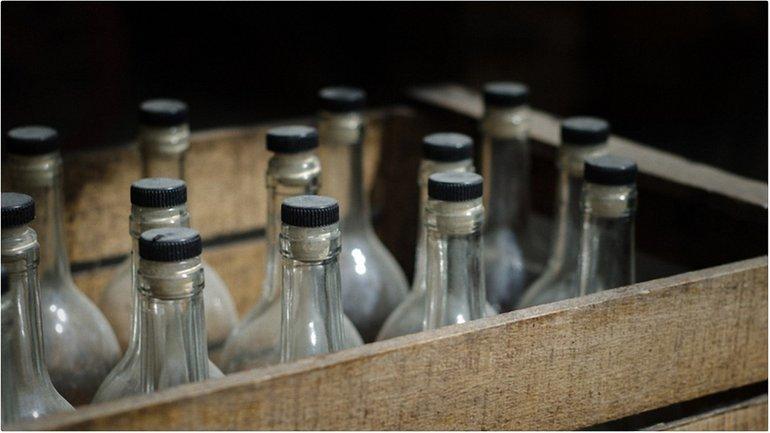 Количество жертв отравления суррогатным алкоголем возросло до 68  - фото 1