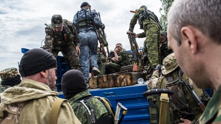 Боевики угрожали применением оружия наблюдателям из СММ ОБСЕ - фото 1